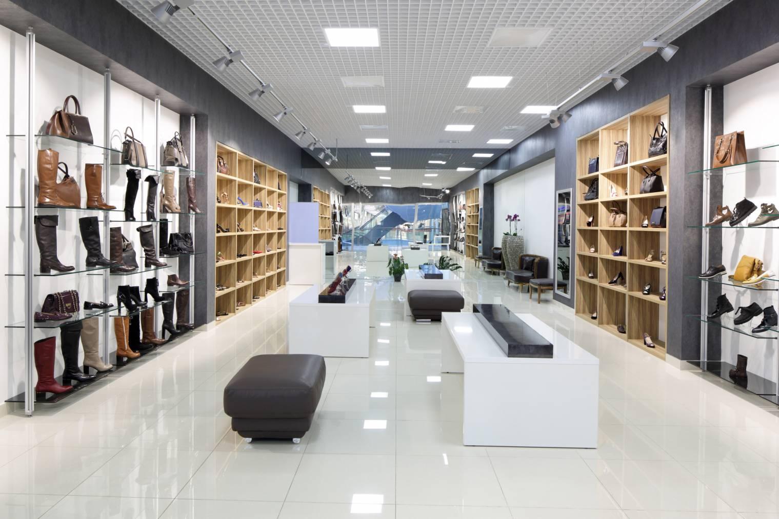 Comment utiliser les médias sociaux pour attirer du monde en magasin ?